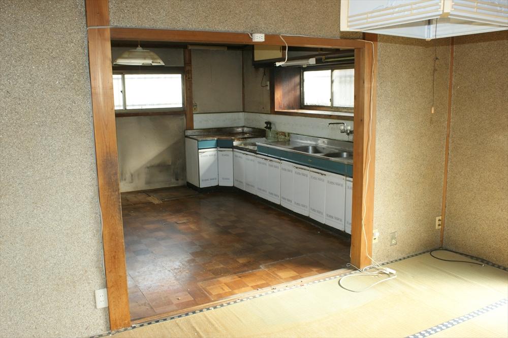 キッチン施工前2_R